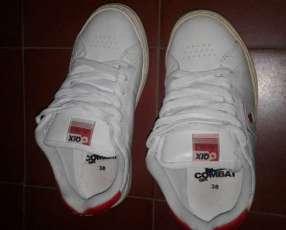 Qix Combat II Skate blanco con rojo